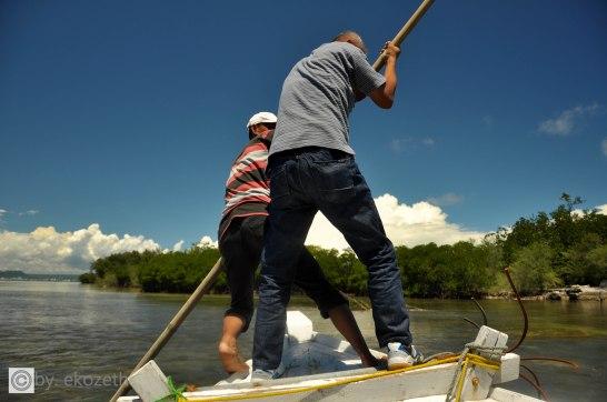 Tukang perahu dibantu P Edy, kandas
